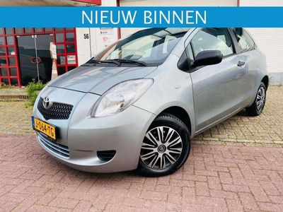 tweedehands Toyota Yaris 1.0 12v VVT-i