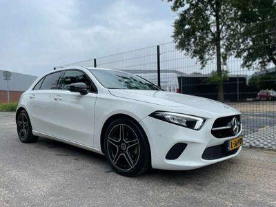 tweedehands Mercedes A180 Premium AMG Aut Led Sfeerverlichting
