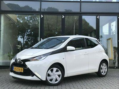 tweedehands Toyota Aygo 1.0 VVT-i x-play | Airco | Cruise Control | Radio | Staat in de Krim