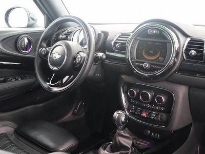 "tweedehands Mini Cooper Clubman 1.5 Chili   Panoramadak   Leder   18""   Navigatie"
