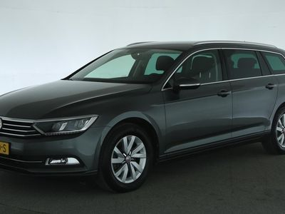 tweedehands VW Passat Variant 1.6 TDI Connected Series [ full led navi climate ]