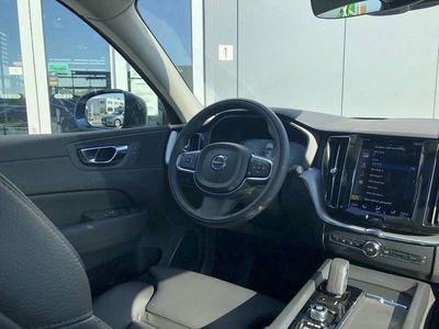 tweedehands Volvo XC60 2.0 Recharge T6 AWD Business Pro | DIRECT UIT VOORRAAD LEVERBAAR!! | Driver Assist | Climate