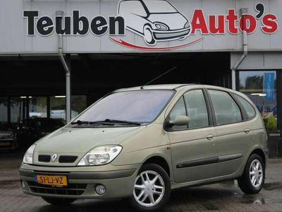 tweedehands Renault Scénic 1.6-16V Authentique