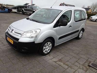 tweedehands Citroën Berlingo 1.6 16V TREKHAAK NIEUWE DISTRIBTIE