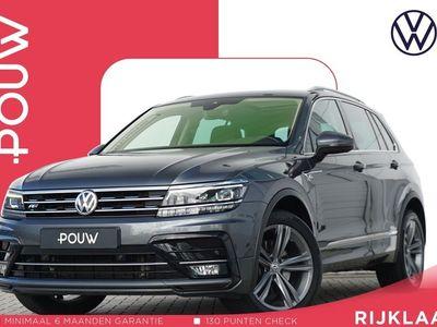 tweedehands VW Tiguan 2.0 TDI 240pk DSG 4Motion Highline + R-Line Exterieur + Panoramadak + Trekhaak Inklapbaar