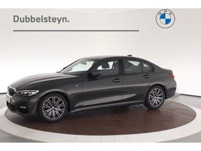 tweedehands BMW 320 320 sedan i M-sport | Dravitgrau | 18 inch