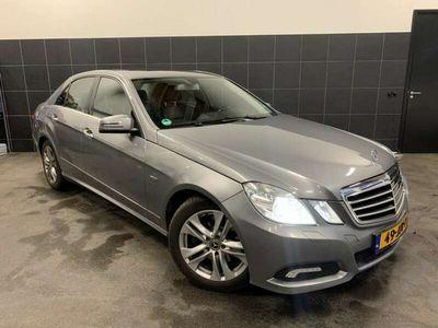 tweedehands Mercedes E250 CDI Avantgarde Amg auto is in nieuwstaat .