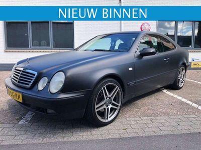 tweedehands Mercedes CLK200 Elegance Automaat / 185.000 KM!