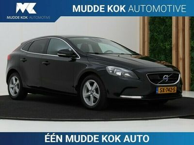 tweedehands Volvo V40 CC 1.6 D2 Momentum | Aut | Panoramadak | A | BLIS |