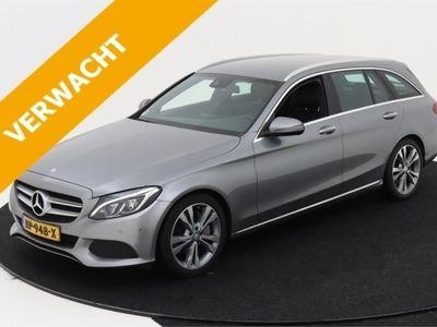 tweedehands Mercedes E350 C-Klasse EstatePlug-In Hybrid 279pk 7G-Tronic Lease Edition [ LUCHTVERING+CAMERA+LE
