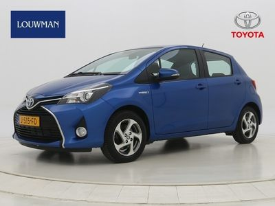 tweedehands Toyota Yaris 1.5 Hybrid Lease Limtited