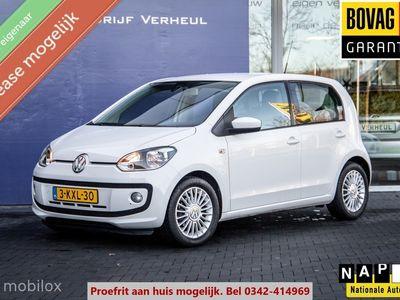 tweedehands VW up! UP! 1.0 highBlueMotion 5Drs Airco Navi Cruise Parkeersensor Nap Boekjes Dealeronderhoud