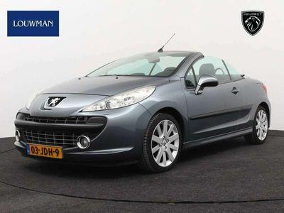 tweedehands Peugeot 207 CC 1.6-16V T Sport | Climate control | Navigatie |