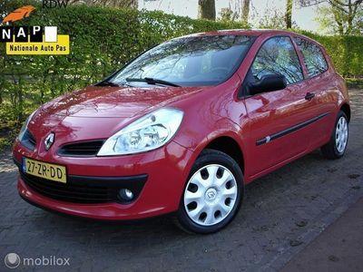 tweedehands Renault Clio 1.2-16V Special Line ( Bj 2008') APK 29-04-2021