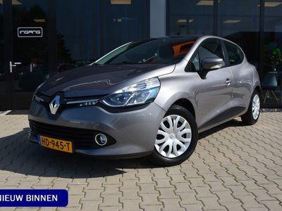 tweedehands Renault Clio 1.5 dCi ECO Night&Day   Navigatie   Parkeer Sensoren   Airco  
