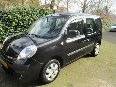 tweedehands Renault Kangoo FAMILY 1.6 Authentique