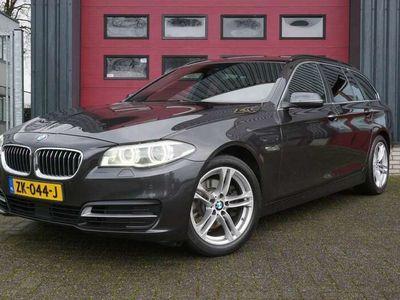 tweedehands BMW 520 520 Touring d High Executive e trekhaak,