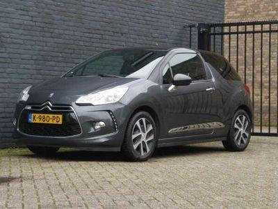 tweedehands Citroën DS3 1.2 VTi Chic Stoelverwarming Airco Garantie