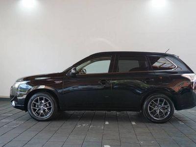 tweedehands Mitsubishi Outlander 2.0 PHEV Instyle | 4WD | Navi | Hybride | BBS velgen |