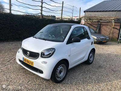 tweedehands Smart ForTwo Coupé 1.0 Pure and cool