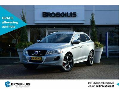 """tweedehands Volvo XC60 T5 240pk Powershift R-Design   Trekhaak / Park Assist / Achterklep elektrisch / Stoelverwarming / City Safety / 18"""" velgen"""