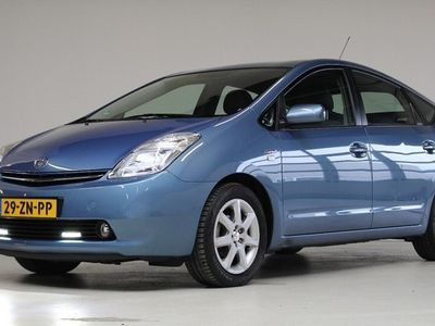 tweedehands Toyota Prius 1.5 VVT-i Tech Edition