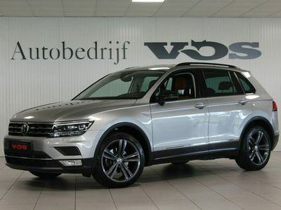 tweedehands VW Tiguan 2.0 TDI Highline | Digi cockpit | ACC | Memory | Keyless | Vol!
