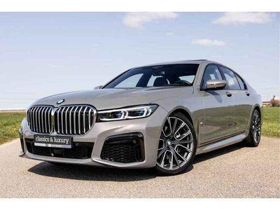 tweedehands BMW 740 7 Serie i High Executive   Unieke kleurstelling   Orig. NL auto   Zeer compleet uitgevoerd  