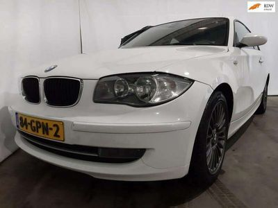 tweedehands BMW 118 118 d Corporate Business Line Airco Export Schade