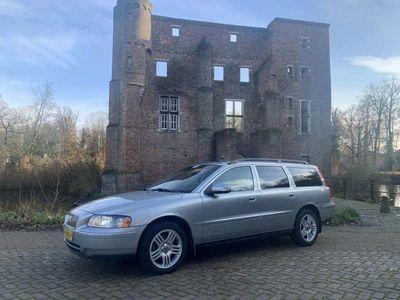 tweedehands Volvo V70 2.4D Edition Sport LEER / APK T/M 21-10-2021!!!!!!