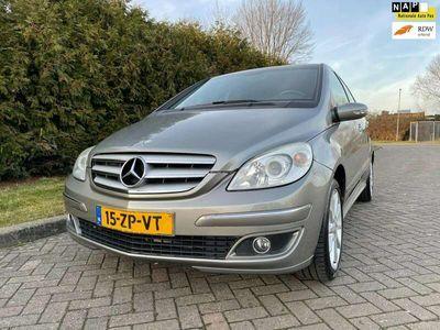 tweedehands Mercedes B170 Bj 2008,Halfleder,Airco,Parrot,116pk,Lichtmetalen