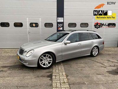 tweedehands Mercedes E500 Combi Elegance YOUNGTIMER Nieuwstaat 7 Persoons