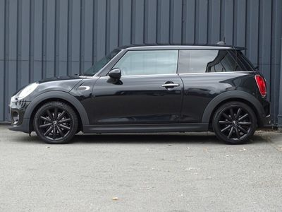 tweedehands Mini Cooper 1.5Chili Wired | Navi | Bluetooth | 17""