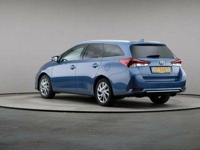 tweedehands Toyota Auris Touring Sports 1.8 Hybrid € 12.400