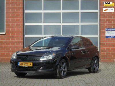 tweedehands Opel Astra GTC 1.8 Edition, Airco, DVD, Navi-bleutooth telefo