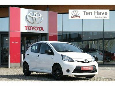 tweedehands Toyota Aygo 5-Deurs 1.0 Vvt-I Now