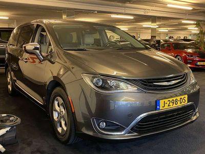 tweedehands Chrysler Voyager Plug-in Hybrid Limited 25% DEMO-KORTING