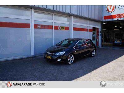 """tweedehands Opel Astra 1.6 Turbo Cosmo 180pk Automaat / Navi / 19"""""""
