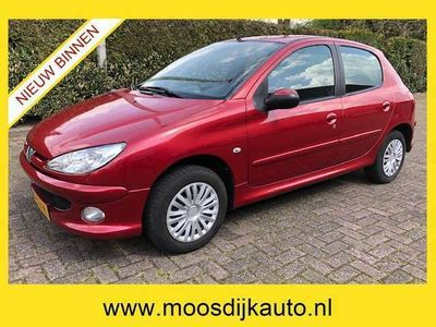 tweedehands Peugeot 206 1.4 Forever Airco 5 drs Nw-APK Km-NAP