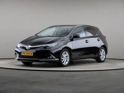 tweedehands Toyota Auris 1.8 Hybrid Dynamic Go, Automaat, Navigatie