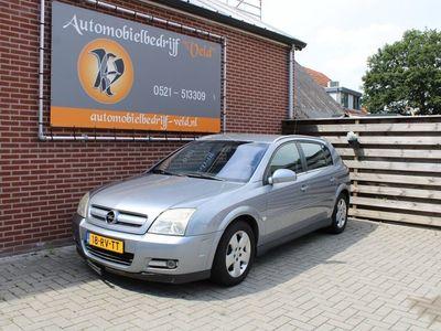 tweedehands Opel Signum 2.2-16V Elegance Lees opmerking