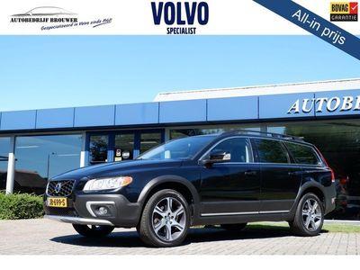 tweedehands Volvo XC70 AWD 2.4 D5 215PK GEARTRONIC SUMMUM - SCHUIFDAK/KEYLESS |JAN-14| *all in prijs*