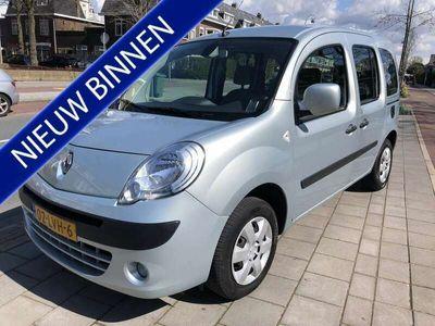 tweedehands Renault Kangoo Family 1.6-16V Expression navigatie airco/ecc apk