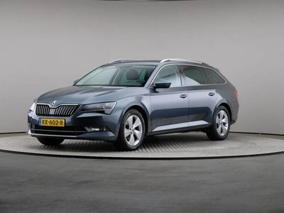 tweedehands Skoda Superb Combi 1.6 TDI Ambition Business, Navigatie, Schuifdak, Xenon