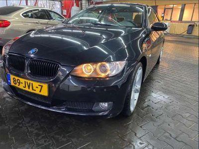tweedehands BMW 320 i Executive