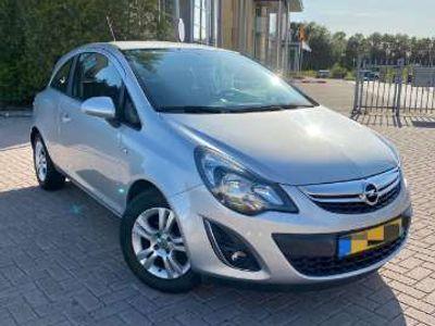 tweedehands Opel Corsa 1.4-16V Design Ed