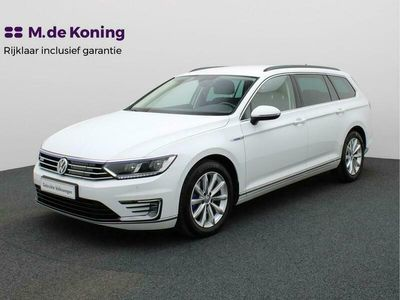 tweedehands VW Passat Variant 1.4TSI/157PK GTE Executive DSG · LED · Trekhaak · Parkeersensoren