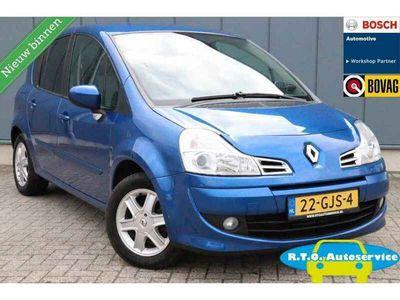 tweedehands Renault Modus 1.2 TCE Dynamique NAVI ZEER NETTE AUTO !!