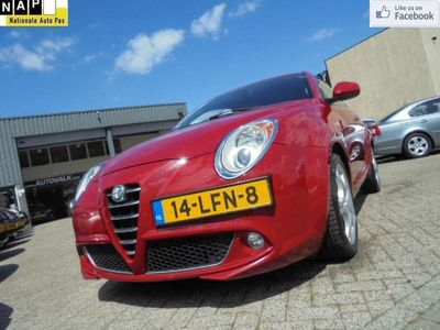 tweedehands Alfa Romeo MiTo 1.4 T Distinctive Climate. Cruise. Elek. Pakket. 1