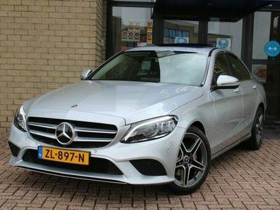 tweedehands Mercedes 220 C-KlasseFace Lift Avantgarde Autom.-SCHUIFDAK-COMAND NAVI-CAMERA-LED HIGH-DODEHOEK-